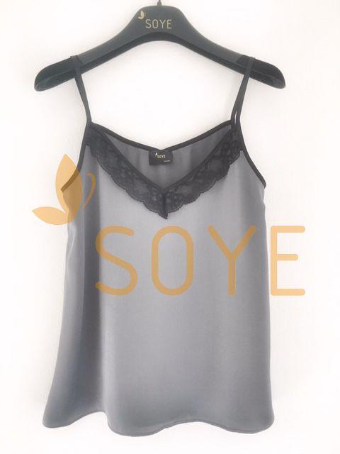 Sivé Čipkované Tielko 3  Soye Clothing